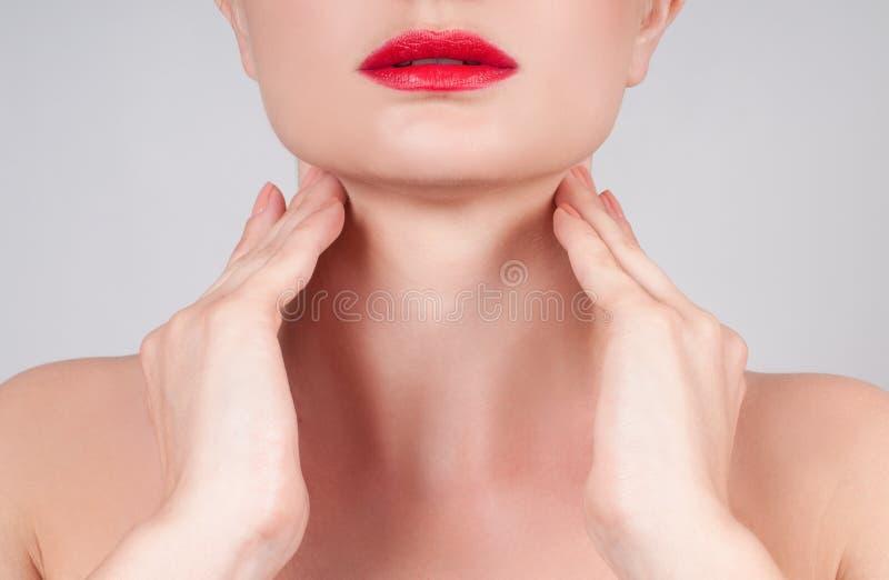 Anti-Alternbehandlung Schönheitshals lizenzfreies stockfoto