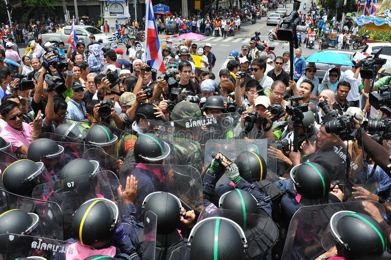 Download Anti-Amnesty Bill Rally In Bangkok Editorial Photography - Image: 32790562