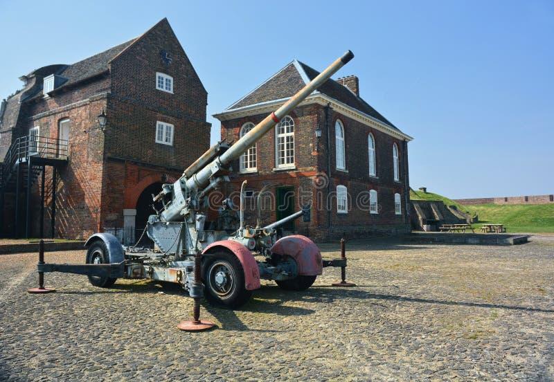 Anti arme à feu d'artillerie d'avions sur l'affichage Fort de Tilbury LE R-U photo libre de droits