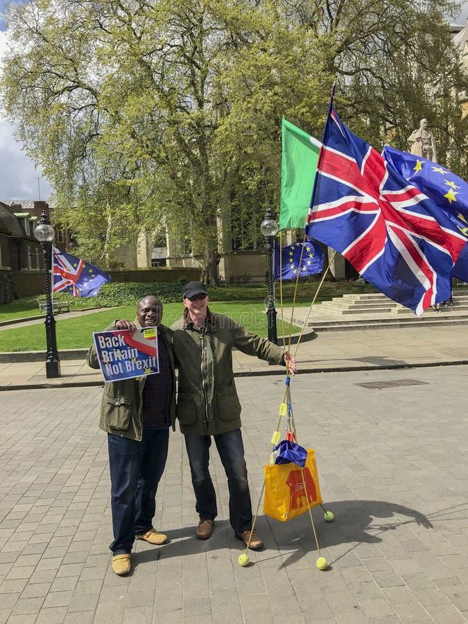 Anti--Brexitpersoner som protesterar i London arkivbilder