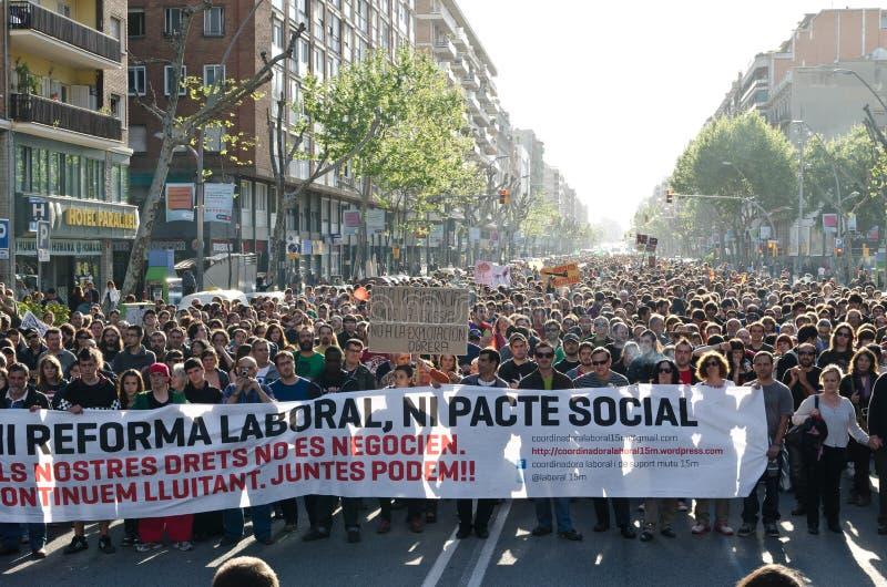 Anti démonstration de capitalisme le jour 2012, bar de mai images stock