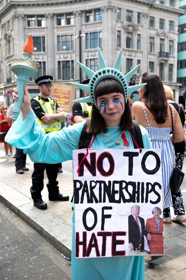 Anti Donald Trump Rally à Londres centrale photographie stock libre de droits