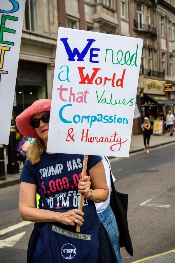 Anti Donald Trump Rally à Londres centrale photos libres de droits