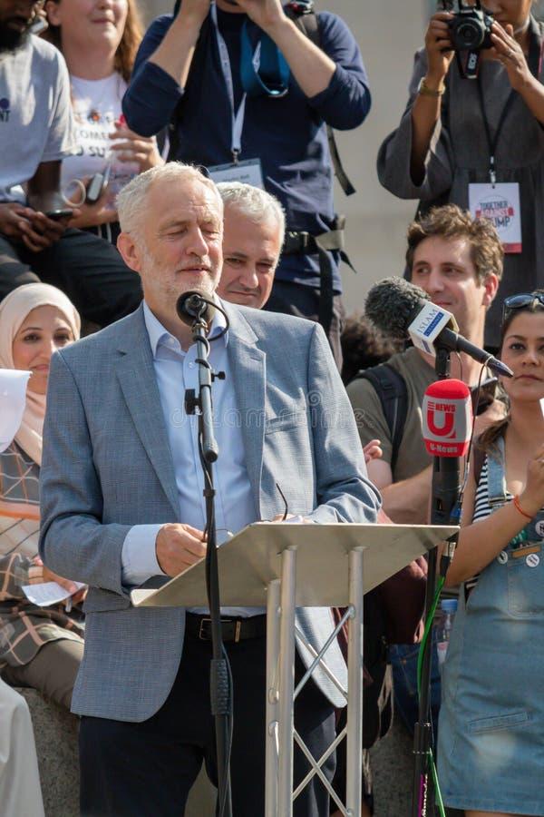 Anti Donald Trump Rally em Londres central imagem de stock royalty free