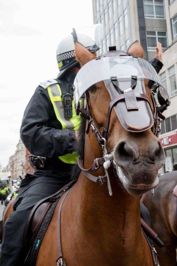 Anti-fascistiska protester i London arkivfoton