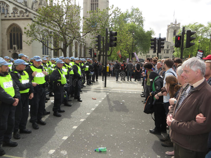 Download Anti Fascists Square Up Against Police During  The BNP During A Editorial Image - Image: 34587085