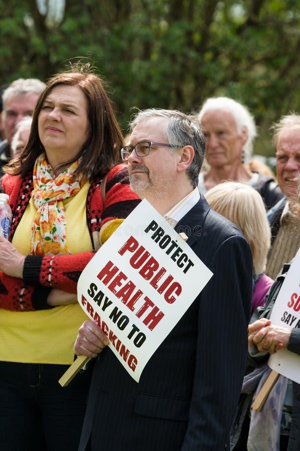 Anti--Fracking März - Malton - Ryedale - Nord-Yortkshire - Großbritannien lizenzfreies stockfoto