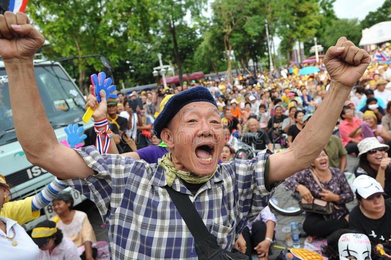 Download Anti-Government People's Army Group Rally In Bangkok Editorial Photography - Image of chant, chanting: 32723857