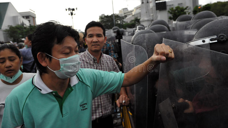 Download Anti-Government Rally In Bangkok Editorial Photo - Image of bangkok, democracy: 27909676