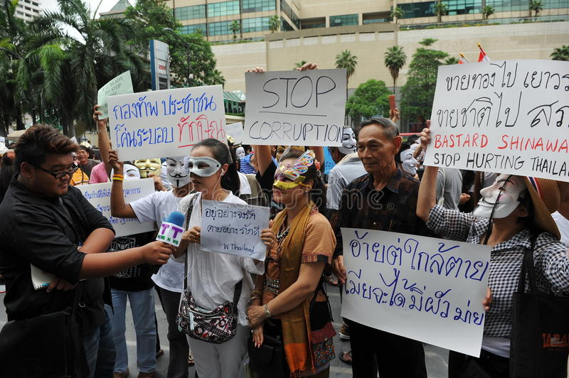 Download Anti-Government 'White Mask' Protest In Bangkok Editorial Stock Image - Image: 31368809
