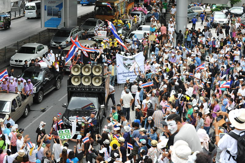 Download Anti-Government 'White Mask' Protest In Bangkok Editorial Stock Image - Image: 31649334