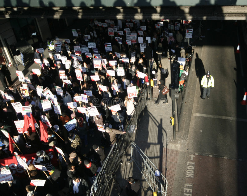 anti israelisk london protest royaltyfri foto