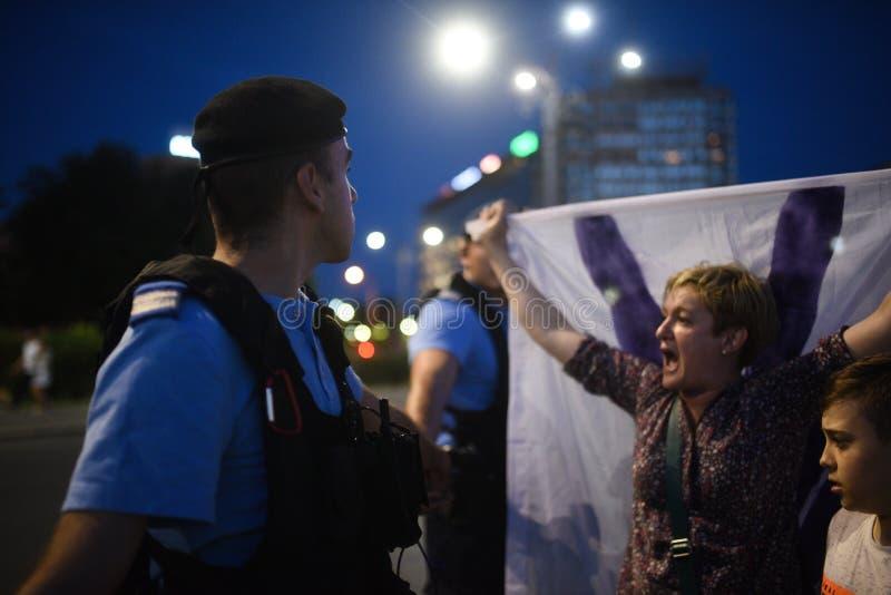Anti protesta della corte della cima del ` s della Romania, Bucarest, Romania - 30 maggio 20 fotografia stock