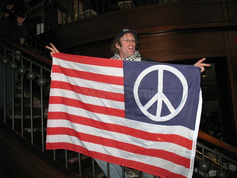 Anti protestataire de guerre image libre de droits