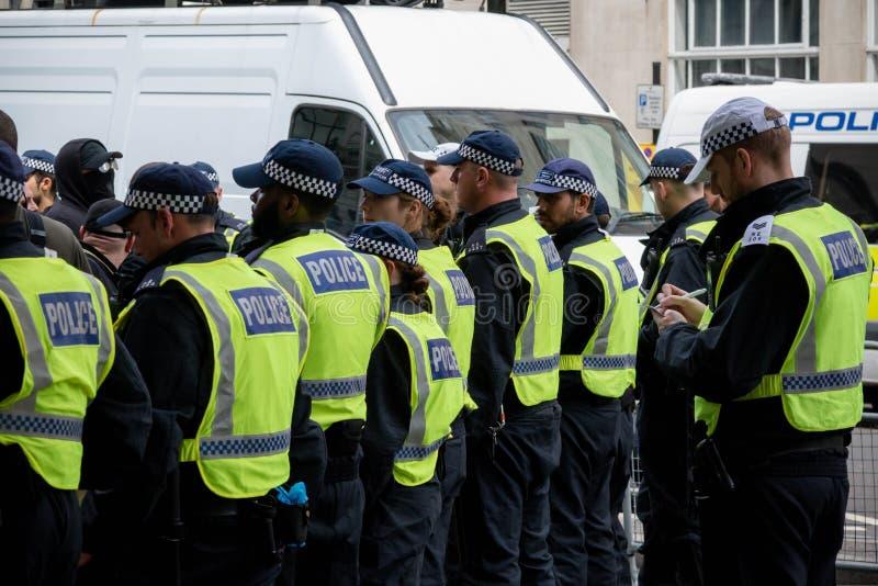 Anti protestations fascistes à Londres photos libres de droits