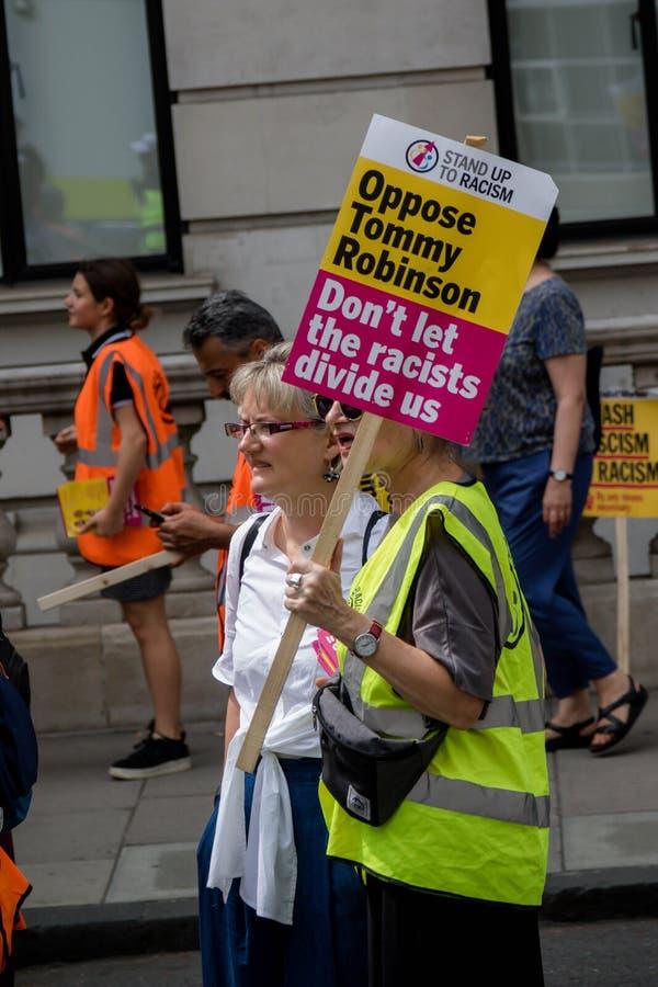 Anti protestations fascistes à Londres image stock