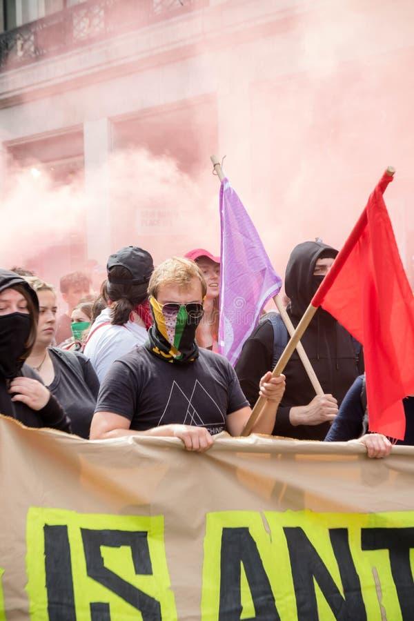 Anti protestations fascistes à Londres images stock
