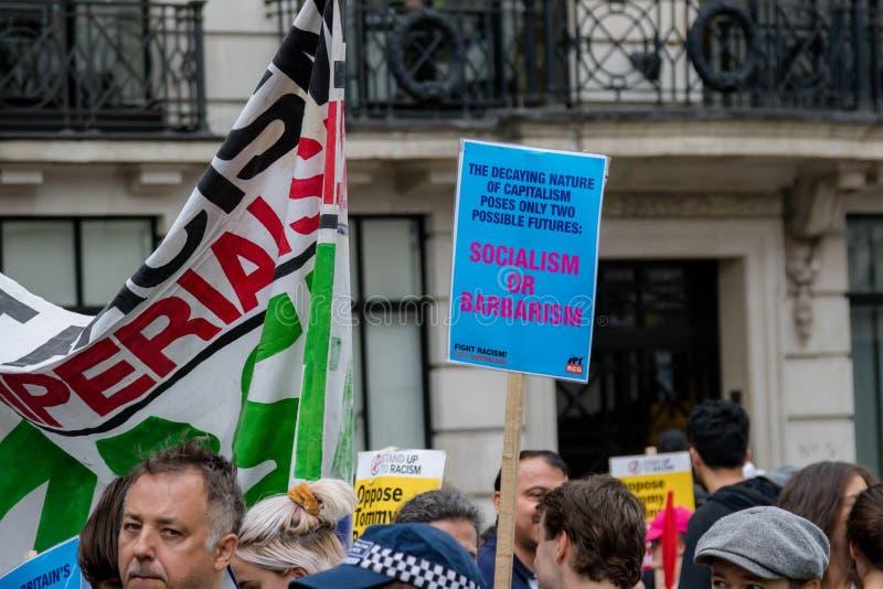 Anti protestations fascistes à Londres image libre de droits