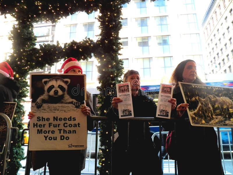 Anti seigneur et Taylor New York City de protestation de fourrure photos stock