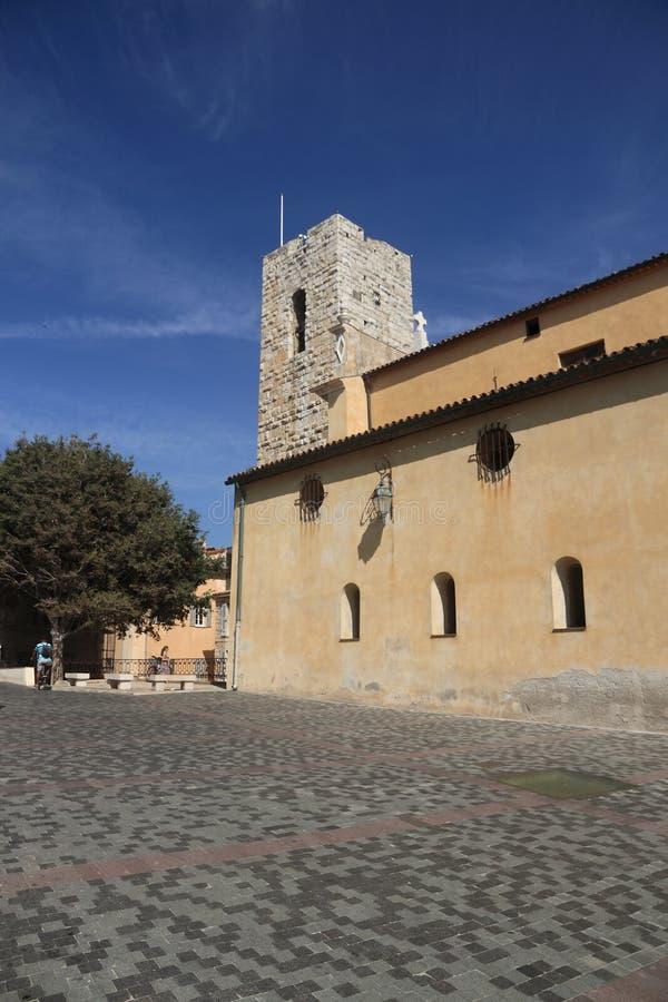 ANTIBES, FRANCIA - 30 DE AGOSTO DE 2014: Catedral de Notre Dame Antibes fotos de archivo libres de regalías