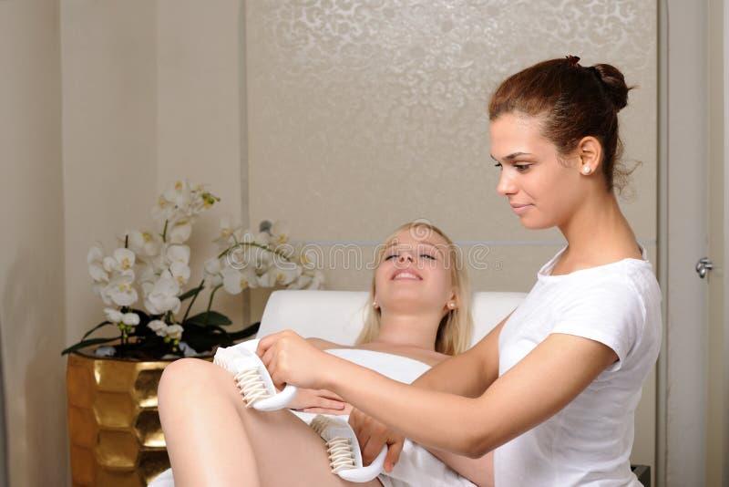 Anticellulite Massage lizenzfreie stockfotos