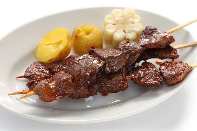 Anticuchos peruansk kokkonst royaltyfria bilder