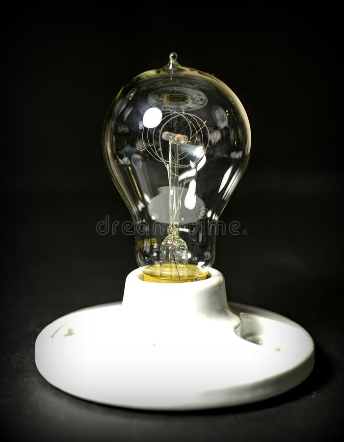 Antiek Edison Light Bulb royalty-vrije stock afbeeldingen