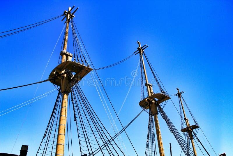 Antiek fregat van de Portugese marine in Cacilhas-haven royalty-vrije stock foto's