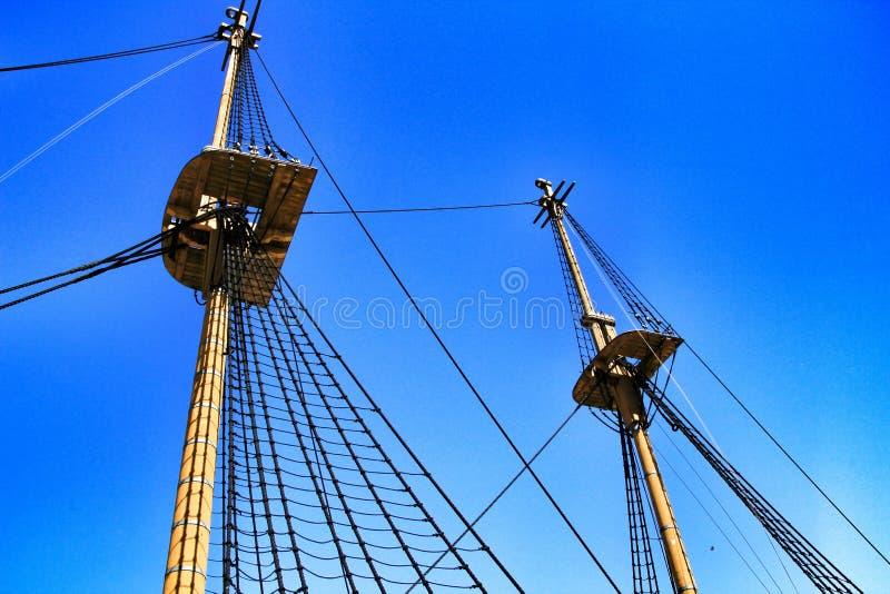 Antiek fregat van de Portugese marine in Cacilhas-haven royalty-vrije stock fotografie