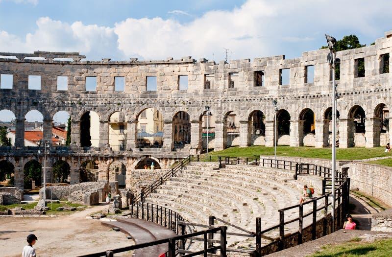 Antiek Roman forum in Pula stock foto