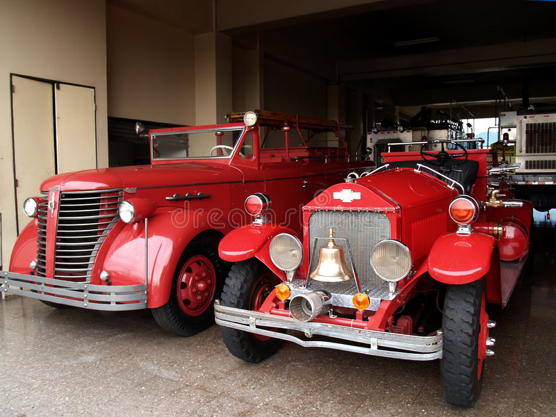 Antieke brandbestrijdersvrachtwagen royalty-vrije stock fotografie