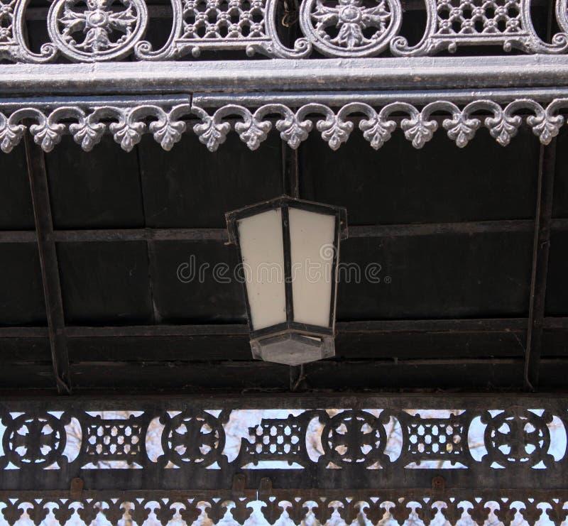 Antieke lantaarn, portiek, metaal, kant, zwart smeedstuk, stock foto's