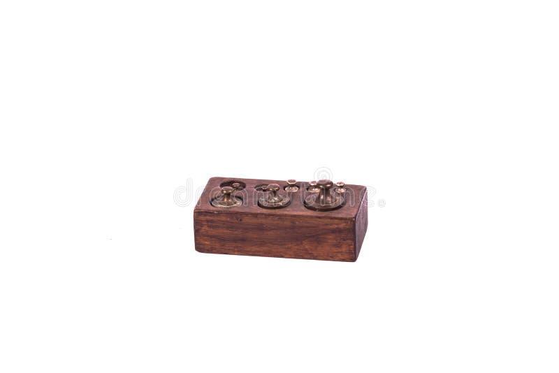 Antieke uitstekende apotheekschalen met gewichten stock afbeelding