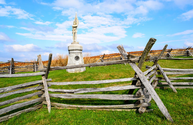 Antietam National Battlefield. Fence and Monument stock photography