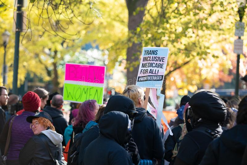 Antifa抗议在街市波特兰,俄勒冈 图库摄影