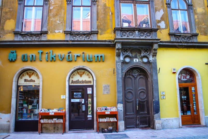 Antiga livraria de Györ, Hungria imagem de stock royalty free