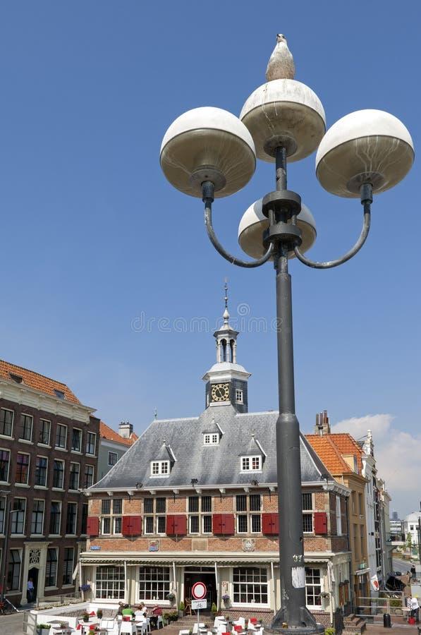 Antigo pese a casa, cidade que nivela, Países Baixos foto de stock royalty free