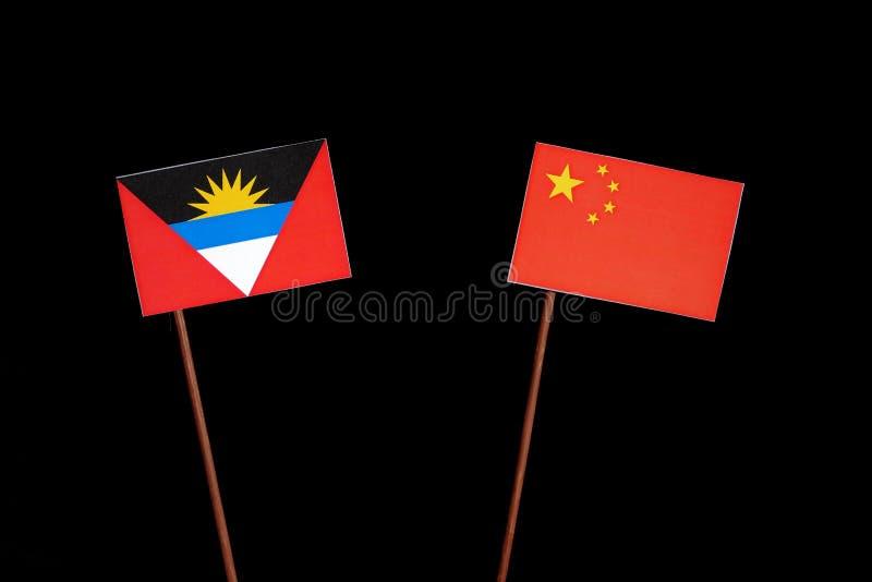 Download Antigua Und Barbuda-Flagge Mit Der Chinesischen Flagge Lokalisiert Auf Schwarzem Stockfoto - Bild von getrennt, schwarzes: 96931922