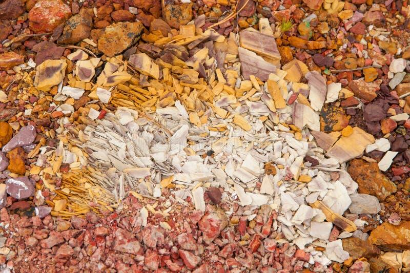 Antiguo depósito de cobre Piedras con alto contenido de cobre imagen de archivo libre de regalías
