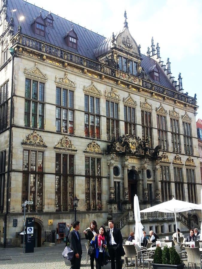 antiguo edificio administrativo alemán fotos de archivo