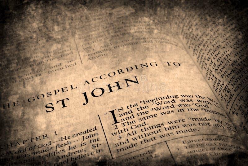 antik bibel arkivbild