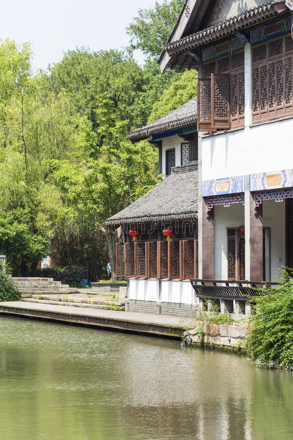 antik byggnad längs den Qinghuai floden arkivbilder