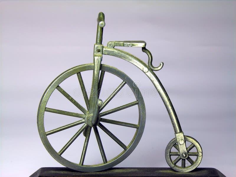 Download Antik cykel fotografering för bildbyråer. Bild av gammalt - 502047