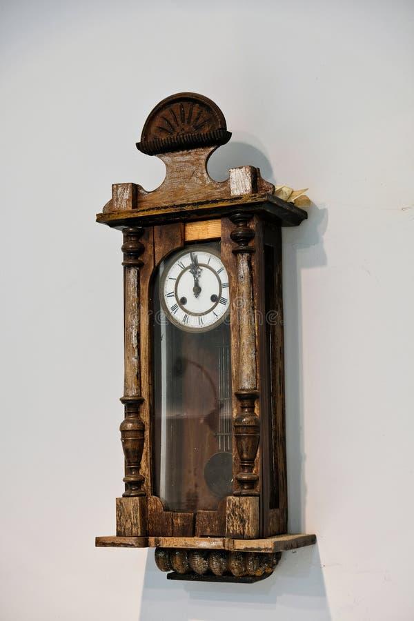 Antik klocka, Amfiklia brödmuseum, Grekland royaltyfri bild