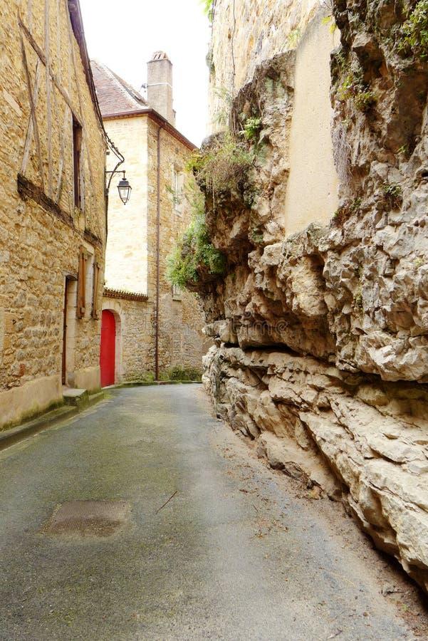 Antik mediaevelstad, Puy L'eveque, Frankrike arkivbilder