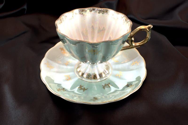 Antik Teacup royaltyfri bild