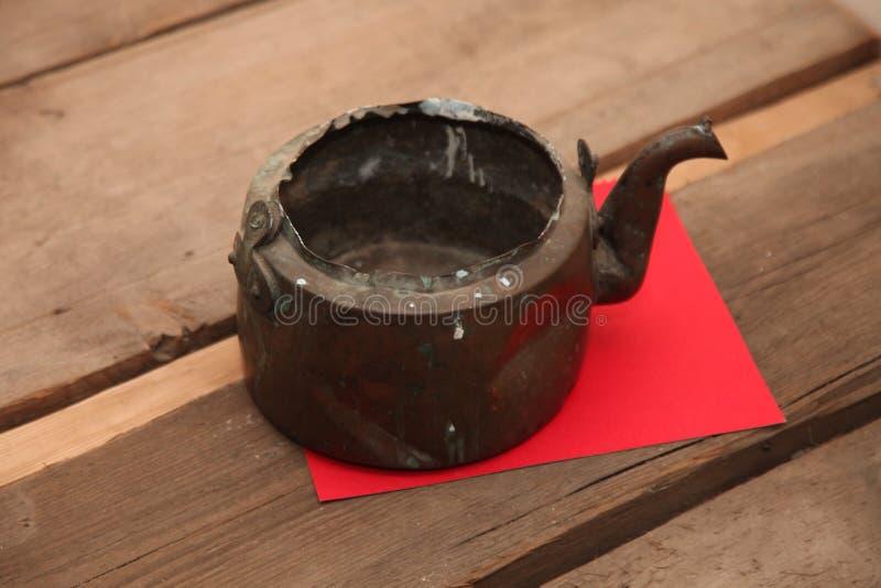 antik tekanna, disk, te fotografering för bildbyråer