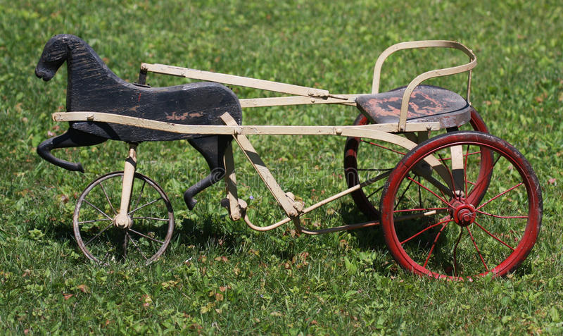 antik trehjuling arkivfoto