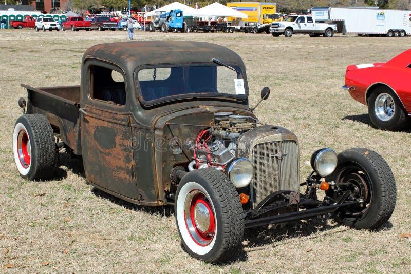 Antika Chevy Pickup royaltyfria bilder