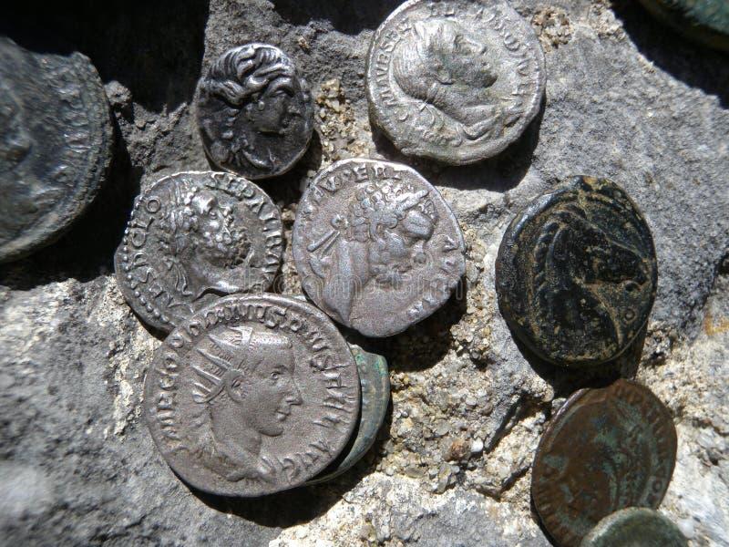 antika mynt royaltyfri bild